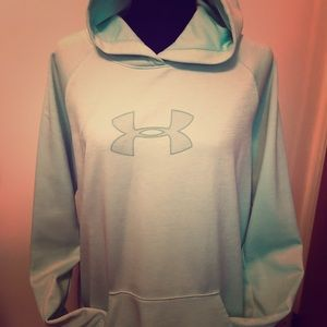 Dry fit hoodie by Under Armour XL